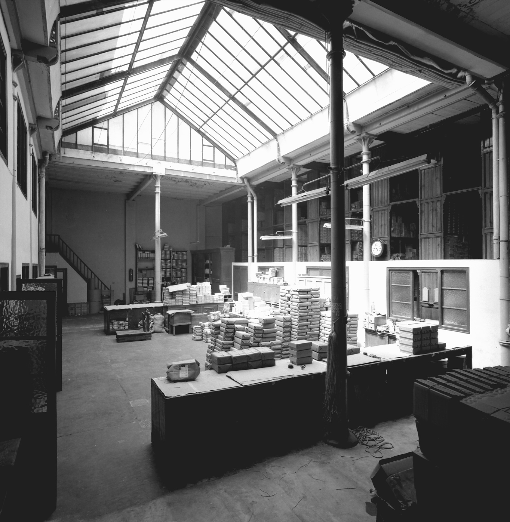 Montaner i simon a publishing house with a history - Cubina barcelona ...
